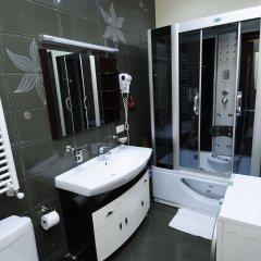 Отель Tbilisi Core: Aries Грузия, Тбилиси - отзывы, цены и фото номеров - забронировать отель Tbilisi Core: Aries онлайн ванная