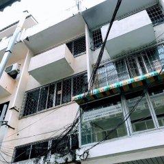 Omarthai Hotel - Hostel Бангкок парковка