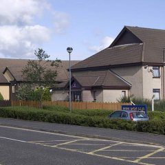 Отель Premier Inn Glasgow - Cumbernauld парковка
