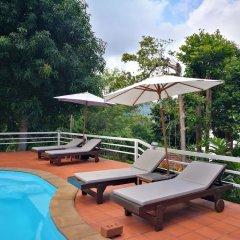 Отель On The Hill Karon Resort бассейн фото 3