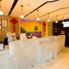 Lavande Hotel Yichang Baota River интерьер отеля фото 3
