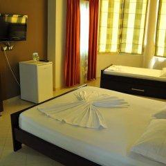 Отель Villa Qendra Албания, Ксамил - отзывы, цены и фото номеров - забронировать отель Villa Qendra онлайн комната для гостей фото 4