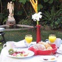 Отель Trocadero Suites Мексика, Гвадалахара - отзывы, цены и фото номеров - забронировать отель Trocadero Suites онлайн питание