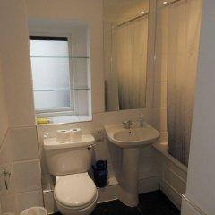 Отель 4 Beds Harrods Huge Space Великобритания, Лондон - отзывы, цены и фото номеров - забронировать отель 4 Beds Harrods Huge Space онлайн ванная фото 2