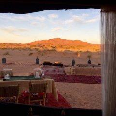 Отель Kam Kam Dunes Марокко, Мерзуга - отзывы, цены и фото номеров - забронировать отель Kam Kam Dunes онлайн балкон