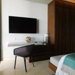 Отель Solaz A Luxury Collection удобства в номере