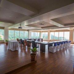 Отель The G Mount Valley Resort & Spa