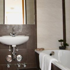 Отель Studios am Alexanderplatz Германия, Берлин - отзывы, цены и фото номеров - забронировать отель Studios am Alexanderplatz онлайн ванная фото 2