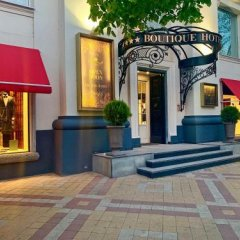 Гостиница Boutique hotel Romanoff в Краснодаре отзывы, цены и фото номеров - забронировать гостиницу Boutique hotel Romanoff онлайн Краснодар вид на фасад