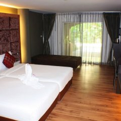 Отель Splendid Resort at Jomtien сейф в номере