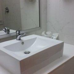 Отель Ariston Бангкок ванная