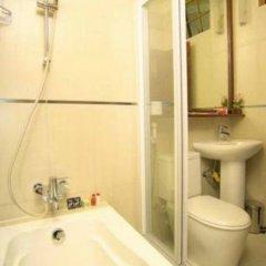 Отель Loona Hotel Мальдивы, Северный атолл Мале - отзывы, цены и фото номеров - забронировать отель Loona Hotel онлайн ванная
