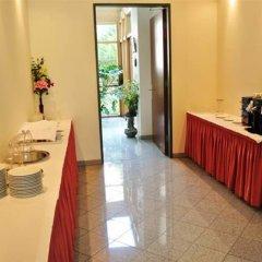 Отель Pension Schonbrunn Вена интерьер отеля
