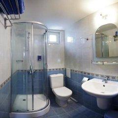 Отель Aneli Hotel Болгария, Банско - отзывы, цены и фото номеров - забронировать отель Aneli Hotel онлайн ванная