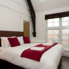 Отель Veeve 2 Bed Penthouse Opposite Harrods Knightsbridge Green Великобритания, Лондон - отзывы, цены и фото номеров - забронировать отель Veeve 2 Bed Penthouse Opposite Harrods Knightsbridge Green онлайн комната для гостей фото 2