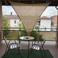 Отель Albergo Motta Асти балкон