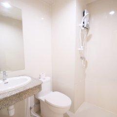 Отель White House Bizotel ванная фото 2