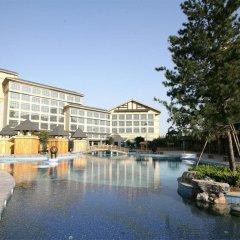 Отель Jiuhua Resort & Convention Center бассейн фото 2