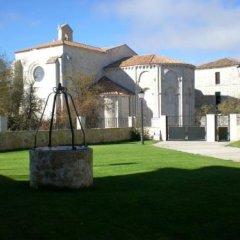Hotel Rural La Henera спортивное сооружение