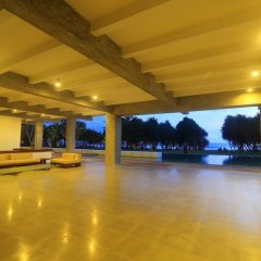 Отель Temple Tree Resort & Spa Шри-Ланка, Индурува - отзывы, цены и фото номеров - забронировать отель Temple Tree Resort & Spa онлайн интерьер отеля фото 3