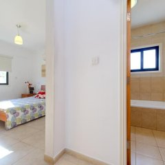 Отель Artemis Villa 6 ванная