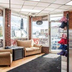 Отель Rodeway Inn - Niagara Falls США, Ниагара-Фолс - отзывы, цены и фото номеров - забронировать отель Rodeway Inn - Niagara Falls онлайн интерьер отеля фото 3
