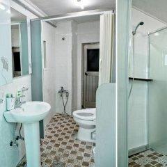 Отель Lili Hanok Guesthouse Южная Корея, Сеул - отзывы, цены и фото номеров - забронировать отель Lili Hanok Guesthouse онлайн ванная фото 2