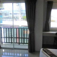Отель KimLung Airport House Таиланд, пляж Май Кхао - отзывы, цены и фото номеров - забронировать отель KimLung Airport House онлайн балкон