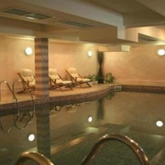 Maraya Hotel бассейн