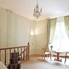 Отель Jean De La Fontaine Париж комната для гостей фото 2