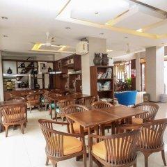 Отель Nida Rooms Talat Yai Robinson Ocean Пхукет питание