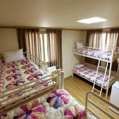 Отель SSGuesthouse - Hostel Южная Корея, Сеул - отзывы, цены и фото номеров - забронировать отель SSGuesthouse - Hostel онлайн комната для гостей фото 5