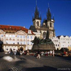 Отель Ibis Praha Mala Strana Прага