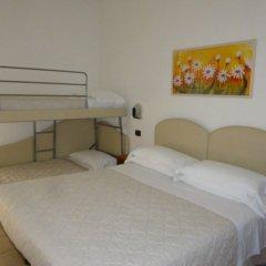 Отель Berenice Италия, Римини - 1 отзыв об отеле, цены и фото номеров - забронировать отель Berenice онлайн комната для гостей фото 3