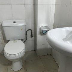 Отель Meadway Luxury Hotels Нигерия, Энугу - отзывы, цены и фото номеров - забронировать отель Meadway Luxury Hotels онлайн ванная