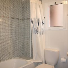 Отель Residencial Novogolf Испания, Ориуэла - отзывы, цены и фото номеров - забронировать отель Residencial Novogolf онлайн ванная