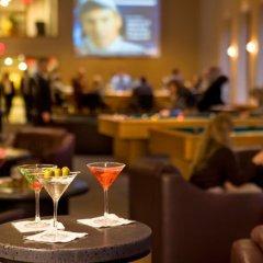 Отель HNA Palisades Premiere Conference Center гостиничный бар