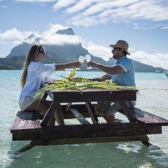 Отель Haumana Cruises - Bora-Bora to Taha'a (Monday to Thursday) Французская Полинезия, Бора-Бора - отзывы, цены и фото номеров - забронировать отель Haumana Cruises - Bora-Bora to Taha'a (Monday to Thursday) онлайн приотельная территория фото 2