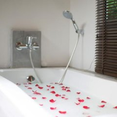 Отель Bora Bora Villa Phuket ванная