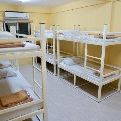 Отель Room 218 - Dorm For Rent - Adults Only Бангкок детские мероприятия фото 2