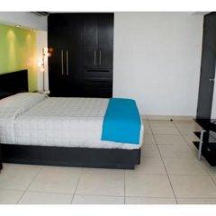 Апартаменты Beautiful apartment for 5 people in Acapulco сейф в номере