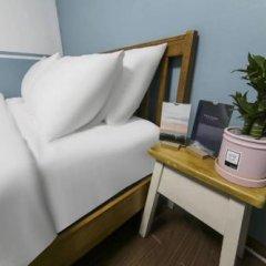 Sinchon Sisters Hostel сейф в номере