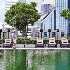 Отель Sathorn Vista, Bangkok - Marriott Executive Apartments Таиланд, Бангкок - отзывы, цены и фото номеров - забронировать отель Sathorn Vista, Bangkok - Marriott Executive Apartments онлайн приотельная территория фото 2