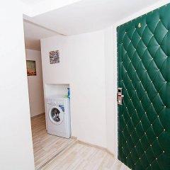 Отель ColorSpb ApartHotel GriboedovArt Санкт-Петербург сейф в номере