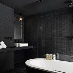 Отель 25hours Hotel Bikini Berlin Германия, Берлин - 1 отзыв об отеле, цены и фото номеров - забронировать отель 25hours Hotel Bikini Berlin онлайн ванная