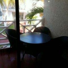 Отель Ocho Rios Beach Resort at ChrisAnn удобства в номере