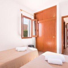 Отель Villa Mestral Испания, Кала-эн-Бланес - отзывы, цены и фото номеров - забронировать отель Villa Mestral онлайн комната для гостей фото 5