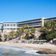 Отель Faro Mazatlan Beach Resort пляж