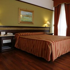 Politeama Palace Hotel сейф в номере