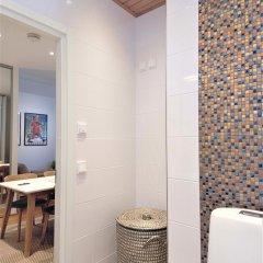 Отель Aurora Apartments Eerikinkatu 12 Финляндия, Хельсинки - отзывы, цены и фото номеров - забронировать отель Aurora Apartments Eerikinkatu 12 онлайн ванная фото 2